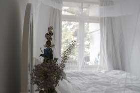 Bedroom down Jan van Gallen_